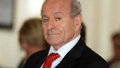 Photo of الإفراج عن أغنى رجل في الجزائر متهم بقضايا فساد